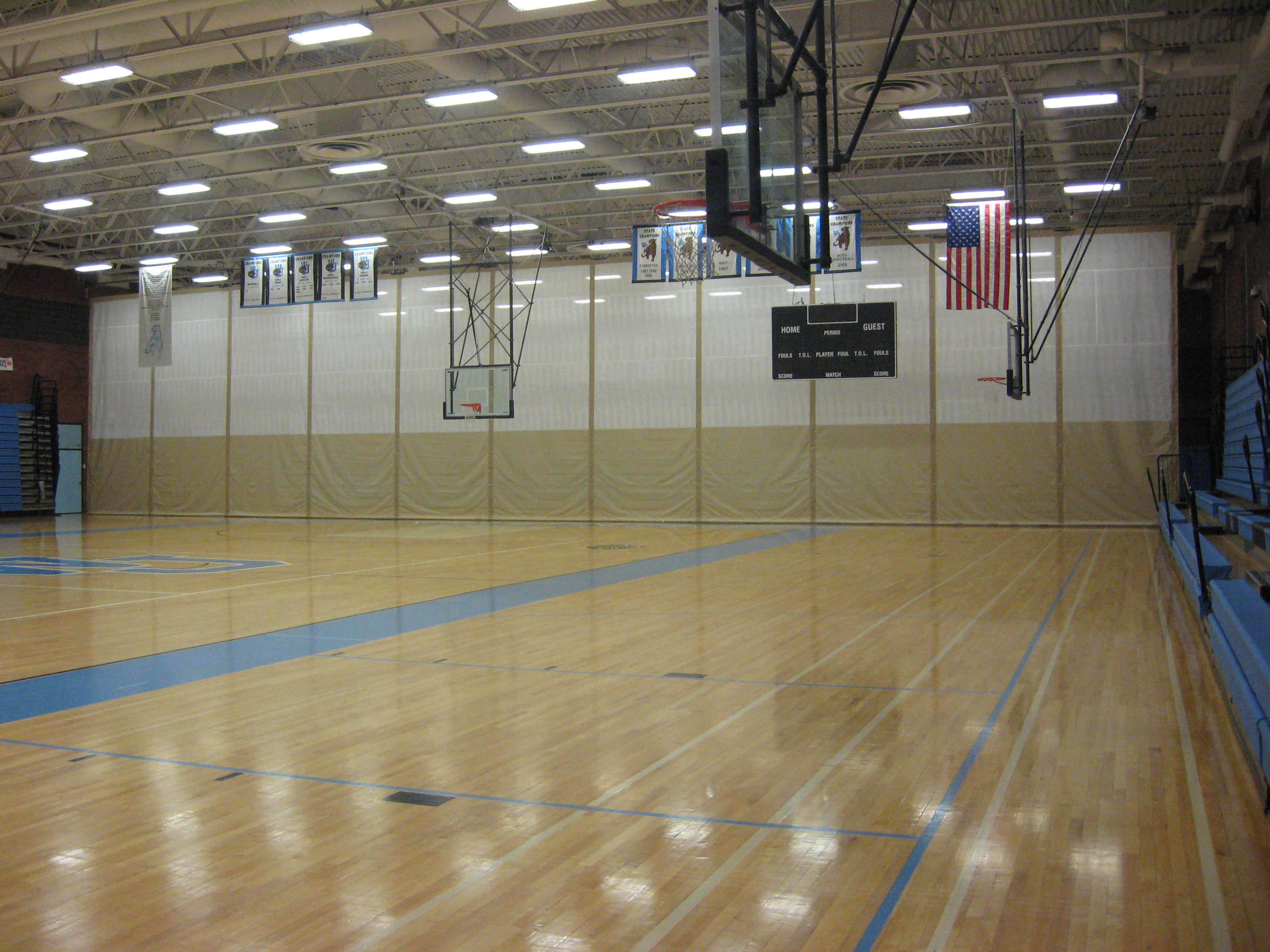 Customized canvas gymnasium partitions